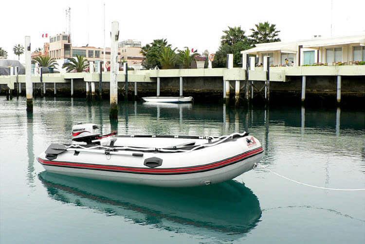 Pompowana łódź marki Uone